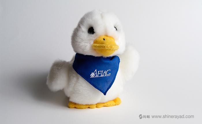 名字相关吉祥物设计-Aflac duck-美国家庭人寿保险公司鸭子吉祥物-上海品牌策划设计公司