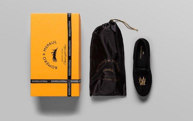 上海包装设计公司分享-50个令人惊叹的疯狂创意包装设计案例-考虑体验-奢华拖鞋包装设计
