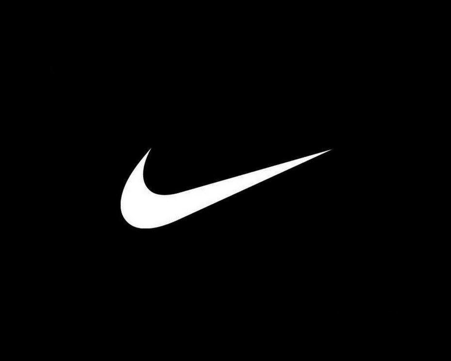 标志性的耐克Swoosh logo