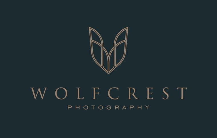 Wolfcrest的经典和永恒的logo
