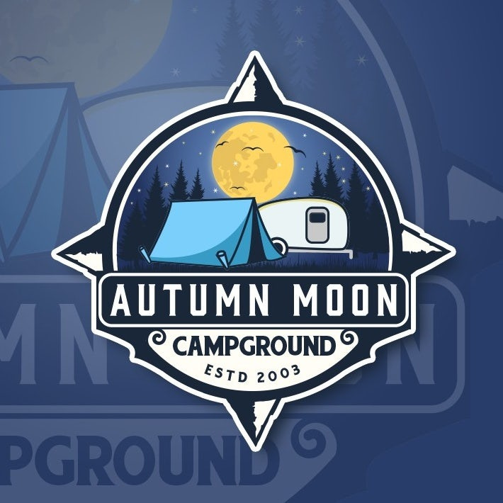 大胆的对比色会徽logo设计-帐篷和满月反对森林背景的徽标logo