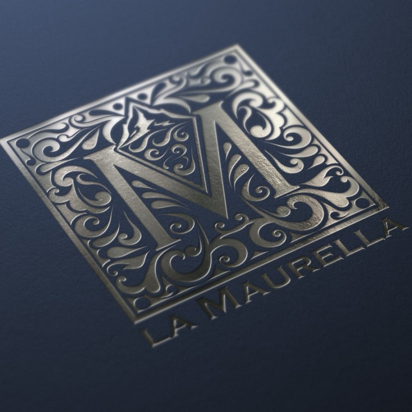 低调的银色logo设计-酒店标志设计