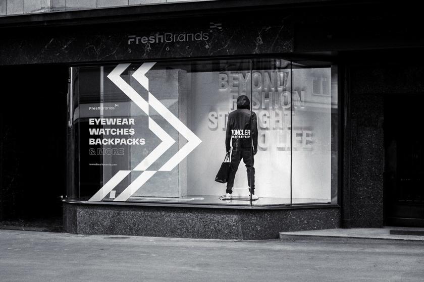 FreshBrands 时尚休闲服饰品牌vi形象设计logo设计,动感的变形F字母+旗帜符号