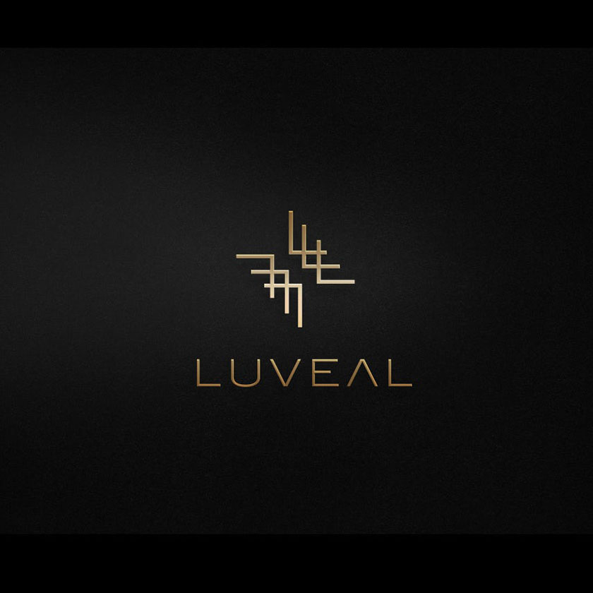 Neatlines的标志设计,抽象,锯齿状的雪佛龙形状在黑色背景上的金子标识