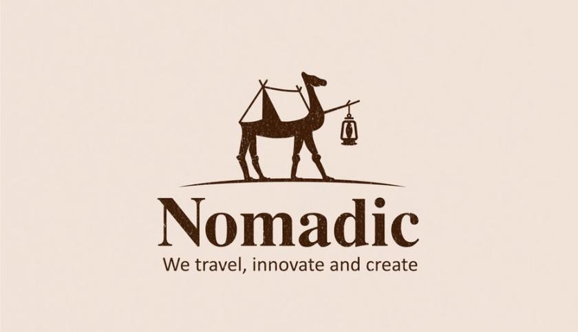 骆驼的轮廓,背面有一个帐篷,前面有一盏灯的旅游logo设计